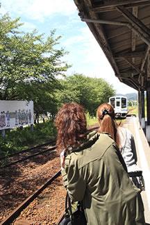 天竜浜名湖線「気賀駅」到着2